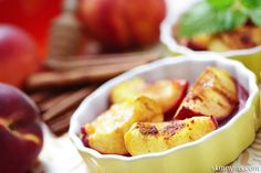 Grilled Peaches with Cinnamon, Vanilla, and Honey. Simply delicious!! #grilledpeaches #grilledfruit