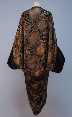 PARIS LABEL SILK and LAME COCOON STYLE EVENING COAT, c. 1920.