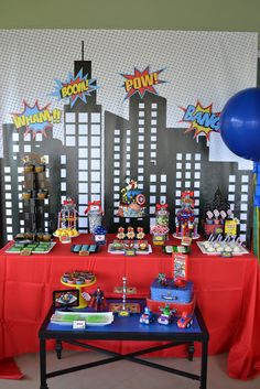 Dessert table at a superhero birthday party! See more party planning ideas Avengers Birthday, Batman Birthday, Superhero Birthday Party, Boy Birthday, Superhero Party Decorations, Superhero Party Invitations, Birthday Ideas, Happy Birthday, Spider Man Party