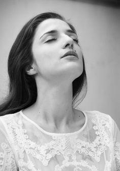 Vogue.es 7days / 7looks Photo by Ruben Vega #eleonoracarisi