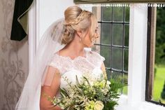 New Hair Bridesmaid Straight Updo 69 Ideas Curled Hairstyles, Trendy Hairstyles, Wedding Hairstyles, Hair Color Highlights, Blonde Color, Straight Updo, Indian Eyes, Loose Waves Hair, Bridesmaid Hair