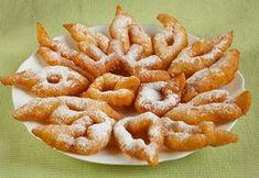 Gyors tehéntúrós csöröge Hungarian Desserts, Hungarian Recipes, Fried Dough Recipes, Donuts, Non Plus Ultra, Speed Foods, Buzzfeed Tasty, Eat Pray Love, Great Desserts