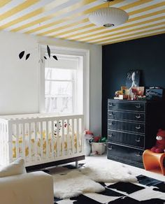love the YELLOW stripes on the ceiling
