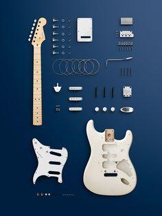 Fender Stratocaster in Einzelteilen  This pin is for Dylan!