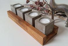 Jeder Teelichthalter wird aus Beton gegossen und in liebevolle Handarbeit angefertigt. Die Betonteelichter stehen lose in einer massiven Eicheschale, die geölt ist. Die Teelichthalter sowie die... (Diy Candles Stand)