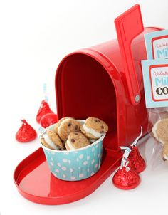 Milk and Cookies Free Valentine's Day Printable |CelebrationLane.com