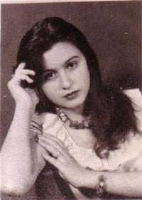 Soad Hosny Egyptian Beauty, Egyptian Women, Egyptian Art, Arab Actress, Egyptian Actress, Incredible Film, Egyptian Movies, Arab Celebrities, Gypsy Girls