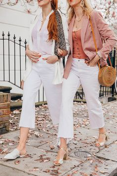 Why White Jeans Are A Good Idea