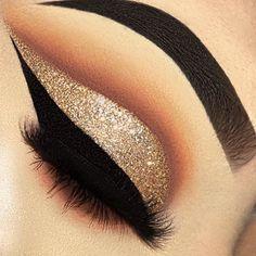 Golden eyeshadow