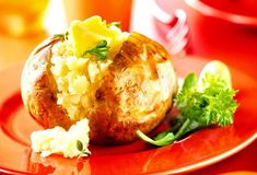 Jacket potato... surprisingly healthy, with loads of vitamins and nutrients, more potassium than a banana and only 26 calories! that keep you fuller for longer!
