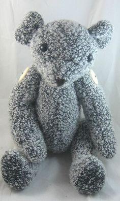 Recycled Pullover Teddy Bear - Free pdf pattern and tutorial - gratis Pdf Schnittvorlage und englische Anleitung