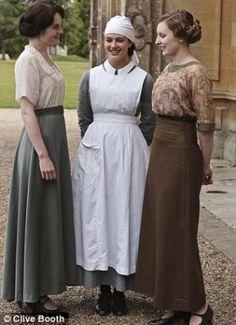 Lady Mary (Michelle Dockery) - - Lady Sybil (Jessica Brown-Findlay) - - Lady Edith (Laura Carmichael) - - Downton Abbey