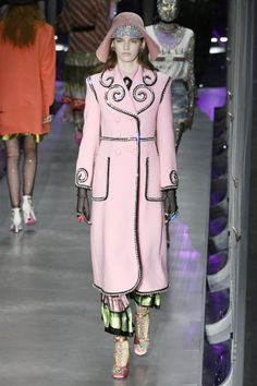 See the standout looks from Milan's top Fall 2017 runways: Gucci