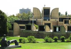 Iranian Museums & Galleries: Museum of Contemporary Arts of Tehran