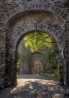 Castle Portals, Reichsberg, Germany | Wonderful Places