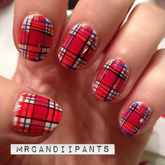 I was just really feeling some flannel today. I mean, it is November after all. (also where the heck did this year go?) I know so many people have done plaid nails, but would you want a tutorial for this??