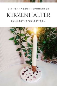 Simple DIY candlestick inspired for recreating terrazzo. Perfect decoration to make yourself, but al Diy Wedding Gifts, Diy Gifts, Terrazzo, Diy Fimo, Diy Wedding Inspiration, Christmas Deco, Easy Diy, Simple Diy, Diy And Crafts