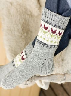 {Discover a superb collection of Timberland Outfits, Timberland Style, Timberland Heels, Timberland Fashion, Cute Socks, My Socks, Crochet Socks Pattern, Knit Crochet, Fair Isle Knitting