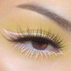 Colorful Eye Makeup, Pink Makeup, Cute Makeup, Girls Makeup, Pretty Makeup, Makeup Art, Glitter Makeup Looks, Makeup Eye Looks, Creative Makeup Looks