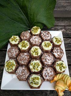 #zucchinikuchen #zucchinischokoladenkuchen #kuchenmitgemüse #zucchinirezept #zucchini #zucchiniernte #kuchen Zucchini-Schokoladenkuchen | Tatort Küche