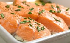 Jos et halua ylikypsää lohta, kokeile Pippuri.fi:n keittiömestari Risto Mikkolan ohjetta. Food N, Good Food, Food And Drink, Seafood Dishes, Fish And Seafood, Fish Recipes, Seafood Recipes, Curry, Baking