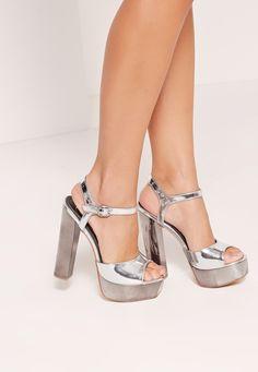 Missguided - Metallic Platform Sandals Silver