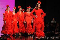 En Rojo!! Esencia gitana en forma de #trajesdeflamenca. Diseños de Amparo Macia en #Simof2014