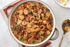 Paella%20aux%20fruits%20de%20mer Frozen Seafood, Fish And Seafood, Seafood Paella, Large Oven, Cajun Seasoning, Fresh Coriander, Pasta Salad, Sausage, Cooking Recipes