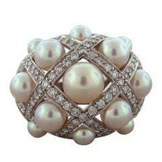 CHANEL Matelasse Pearl Diamond Gold Ring thumbnail 1