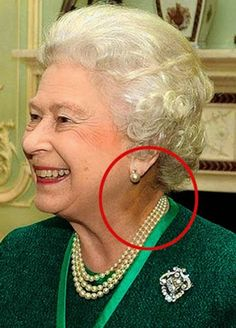 Kids Discover Queen Elizabeth II of Great Britain. Paranormal Photos Helen Mirren Interesting Conspiracy Theories Illuminati Facts Reptiles Mysterious Events Aliens And Ufos Ancient Aliens Wicked