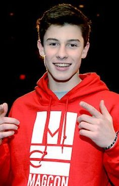 WOW!!! This picture is sooo popular! Like and Repin if you are a Shawn mendes fan