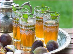 tea in glasses and figs for something sweet