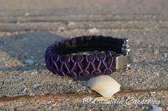 Handmade paracord bracelet https://www.alsor.ro/bratari/bratara-nautica-negru-cu-mov-cu-cheie-de-tachelaj/ #handmade #paracord #bracelets #diy
