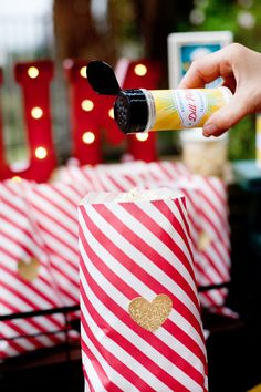 Simple & Creative Outdoor Movie Night Ideas {+ Free Party Printables} #ShareaCokeContest
