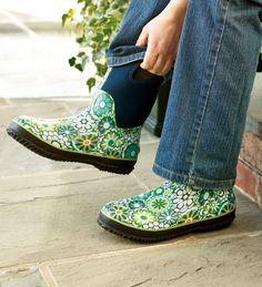 BOGS garden boots. Much cuter than my muck boots, lol.