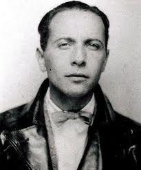 Louis Aragon, poeta y novelista francés