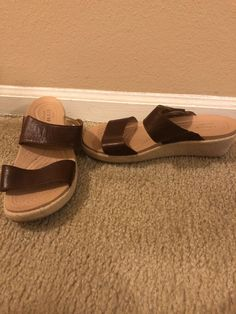 5632b4e66 womens crocs sandals size 8 only worn twice great condition