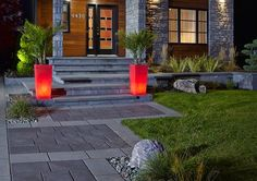 Les Mains Vertes du Paysage - Entrepreneur en aménagement paysager, résidentiel et commercial Front Walkway, Front Yard Landscaping, Front Steps, Landscaping Ideas, Outdoor Steps, Patio Steps, Patio Pavé, Backyard, Renovation Facade