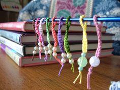 Crocheted stitch markers pattern on Ravelry ༺✿ƬⱤღ  https://www.pinterest.com/teretegui/✿༻
