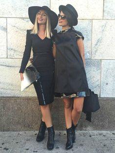 Siamo io e Selly dopo la sfilata di Cristiano Burani, indossiamo entrambe un abito dello stilista e siamo in preda ''all'attacco'' dei fotografi di MFW STREET STYLE