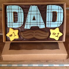 New for 2015 - Iced biscuit gift boxes. Father's Day (stripes)