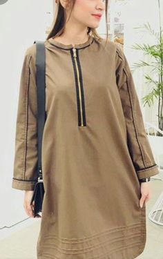Stylish Dresses For Girls, Stylish Dress Designs, Simple Dresses, Stylish Outfits, Warm Dresses, Beautiful Pakistani Dresses, Pakistani Dresses Casual, Pakistani Dress Design, Pakistani Fashion Party Wear