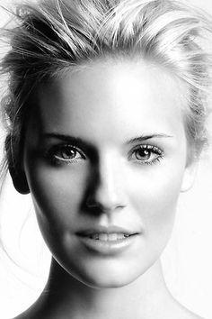 Maggie Grace Headshot - P 2014