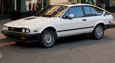 Learn more about BaT Exclusive: Event-Proven 1985 Alfa Romeo on Bring a Trailer, the home of the best vintage and classic cars online. Alfa Romeo Gtv6, Alfa Romeo Cars, Alfa Gtv, Honda Accord Coupe, Classic Italian, Classic Cars Online, Cool Cars, Ferrari, Automobile