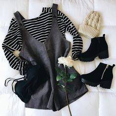 women's fashion over 50 michael kors Teen Fashion Outfits, Trendy Outfits, Fall Outfits, Cute Outfits, Womens Fashion, Ootd Fashion, Fashion Marketing, Fashion Over 50, Fall Trends