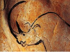 Big Horn Rhino BCE) Cave painting from Chauvet Cave. Among the oldest stone age art Chauvet Cave, Lascaux, Stone Age Cave Paintings, Art Paintings, Fresco, Art Pariétal, Paleolithic Art, Stone Age Art, Cave Drawings