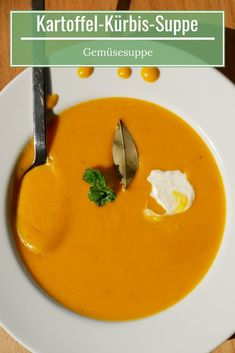 Potato and pumpkin soup - pumpkin soup warms the stomach and heart.- Potato and pumpkin soup – pumpkin soup warms the stomach and heart. – # Potato and pumpkin soup Pumpkin Soup, Pumpkin Recipes, Soup Recipes, Vegetarian Recipes, Healthy Recipes, Clean Eating, Healthy Eating, Vegetable Protein, Vegetarian Breakfast