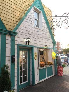 Building A Tiny House, Outdoor Decor, Home Decor, Decoration Home, Room Decor, Home Interior Design, Home Decoration, Interior Design