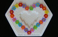 modele cadre photo coeur en perles a repasser