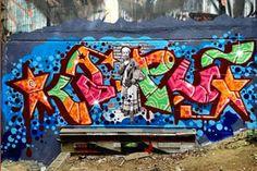 Kaput – read more @ http://www.juxtapoz.com/Graffiti/kaput-124123 –#graffiti #stuckinthemiddle #kaput